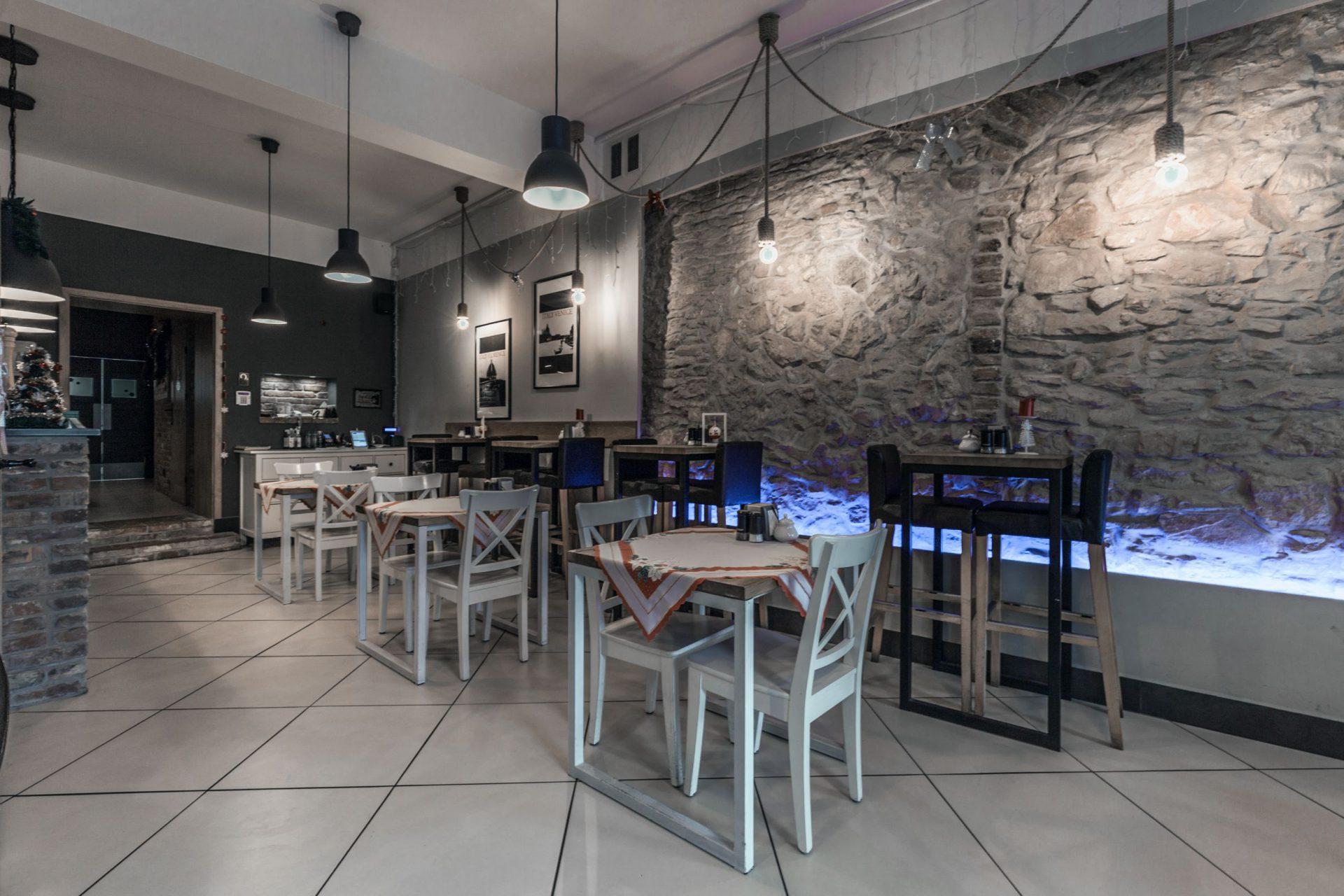 Projekty wnętrz - stoliki